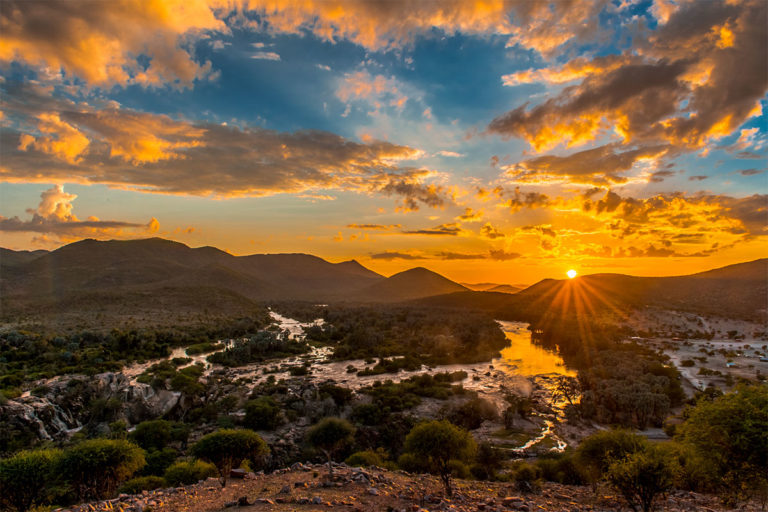 epupa falls sonnenaufgang namibia