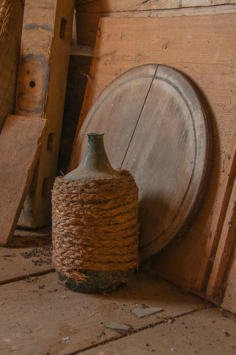 Schnapsflasche, Käsebrett