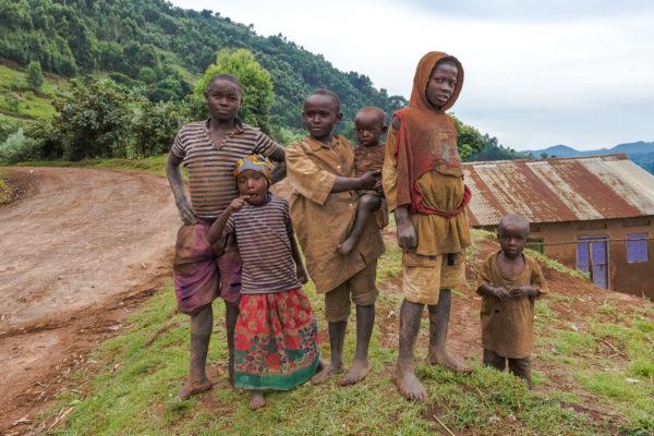 Kinder am see, Virunga, Vulkane, Afrika, Fotoreise Uganda