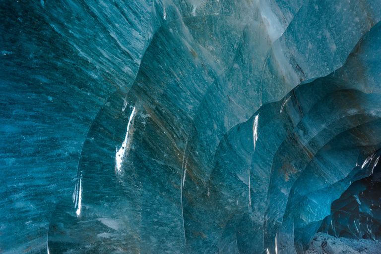 Schmelzstrukturen im Gletschereis