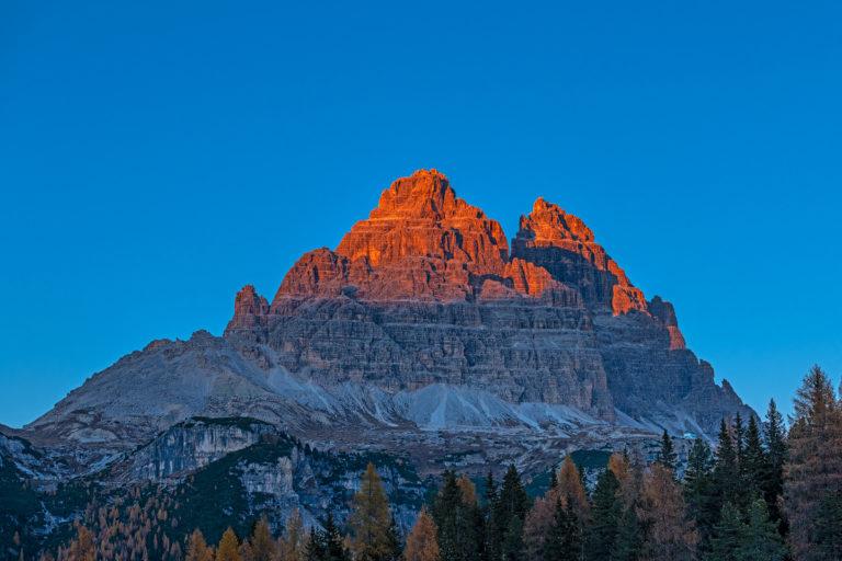Dolomiten tre cime di Lavaredo, roter Sonnenuntergang,