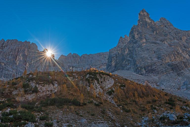 Dolomiten Lago Sorapiss, Sonnenaufgang, Herbst