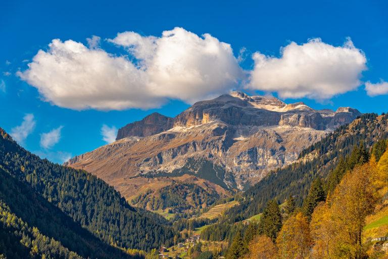 Dolomiten-Tal Italien Herbst Wolken