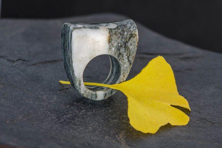 valser quarzit ring